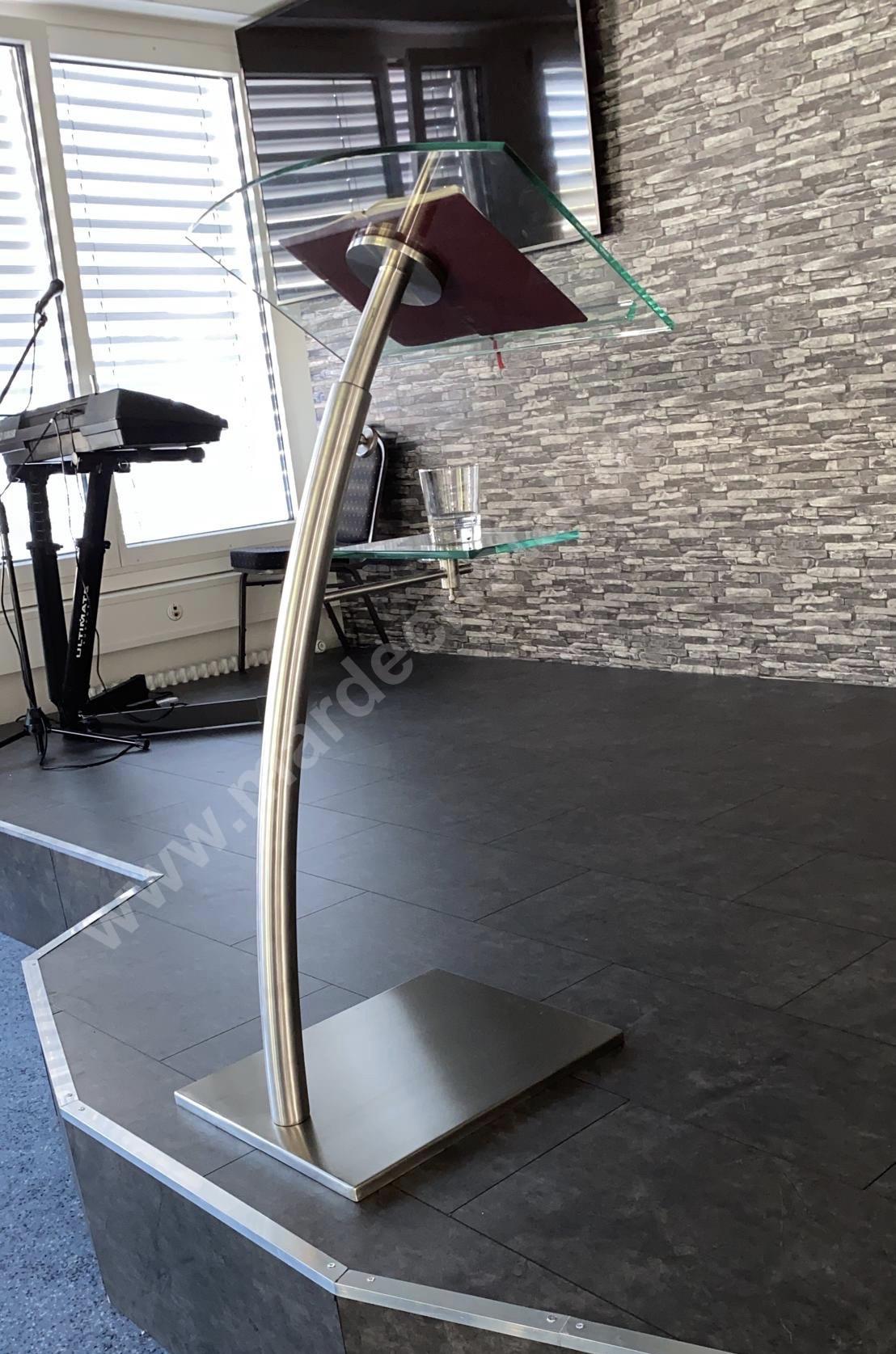 atril-de-acero-pulpito-diseño-de-mar-de-cristal-1